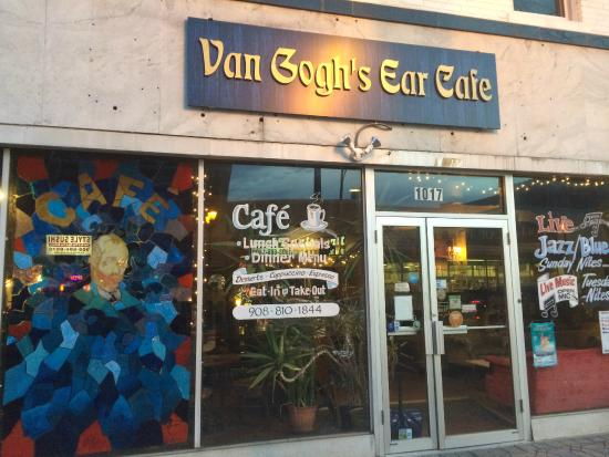 Van Goghs Ear cafe